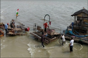 Polisi Cek Aktifitas Tambang Timah Ilegal di Peraiaran Kubu Bantil Toboali