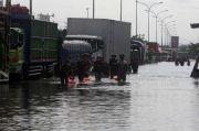 Banjir Bikin Kocek Pengusaha Logistik Kekeringan