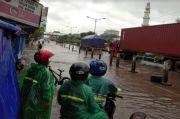 Gawat, Rendaman Banjir di Kawasan Genuk Semarang Makin Tinggi