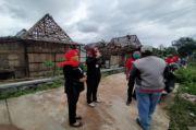 Anggota DPRD Ini Rela Blusukan Demi Warga Terdampak Bencana