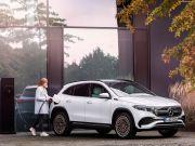 Mercedes-Benz Masih Percaya Mobil Bensin Masih Jadi Pencetak Uang