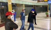 Kena OTT KPK, Begini Penampakan Nurdin Abdullah saat di Bandara