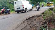Jalan Cikalong-Cipeundeuy Terancam Ambles, Penyebabnya Hujan dan Mobil Bertonase Besar