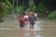 Banjir Bandang Terjang Malaka, Ratusan Rumah Warga Terendam Air Setinggi Paha