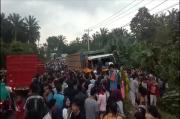 Kecelakaan Maut Gemparkan Labuhanbatu, Korban Tewas dan Selamat Terjebak di Kolong Truk