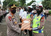 Beri Pelayanan Terbaik, 4 Personel Polresta Manado Raih Penghargaan