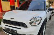 Gelapkan Mobil Mewah, Warga Batam Ditangkap saat Sembunyi di Makassar