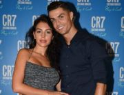 Ketika Georgina Larang Ronaldo Ganti Bola Lampu di Rumahnya