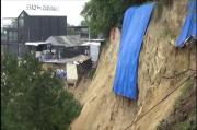 Gresik Gempar, Makam Keramat Putri Cempo Longsor Sepanjang 30 Meter