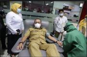 Permintaan Plasma Konvalesen Tinggi, Wawali Surabaya Ikut Donor
