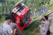 Gagal Parkir di Tanjakan, Mobil Damkar Sibolga Terguling-Guling Masuk Jurang