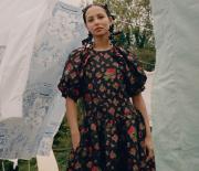 Wah, H&M Siap Pamerkan Kolaborasi Dengan Simone Rocha