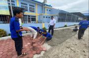 LPKA Medan Ajari Anak Keterampilan Memasang Paving Blok