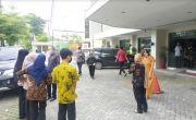 Gempa M5,8 Mengguncang, Warga Padang Panik Berhamburan