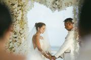 Setelah Pacaran 3,5 Tahun, Julie Estelle dan David Tjiptobiantoro Akhirnya Menikah