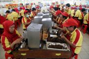 Luapan Perasaan Buruh Pelinting Saat Cukai Rokok Kretek Tangan Tidak Jadi Naik