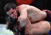 Petarung MMA Muslim Islam Makhachev Penerus Khabib Menang 7 Beruntun