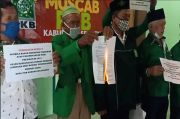 DPC PKB Sragen Memanas! Tolak Hasil Muscab, 17 Pengurus Anak Cabang Bakar Undangan