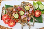 Menu Hari Ini: Ikan Bawal Goreng Sambal Jeruk Purut