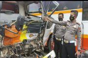 3 Kendaraan Terlibat Kecelakaan Maut di Tol Solo-Sragen, 3 Orang Tewas Seketika