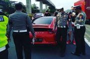 Ugal-ugalan di Jalan, Pengendara Porsche Berkelir Merah Ditilang Polisi