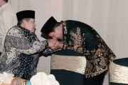 Andi Mallarangeng Sindir Moeldoko Zaman SBY Cium Tangan, Sekarang Menikam