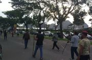 Usai Bentrok Ormas, Polisi Sita Senjata Tajam di Dekat Balai Kota Tangsel