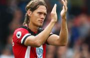 Tottenham Hotspur Siap Bajak Pemain Belakang Southampton