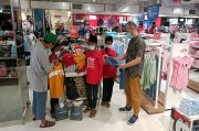 130 Anak Yatim Diajak Merasakan Belanja di Mall Mewah di Karawaci