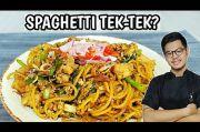 Jerry Andrean Padukan Mie Tek Tek Goreng Jawa dengan Spaghetti, Gimana ya Rasanya?