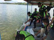 Tebar Bibit Ikan Nila Warnai Gathering Kawasaki Ninja Indonesia Plat AE