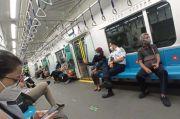 Berangkat Kerja Naik MRT, Anies Diminta Setiap Hari Gunakan Moda Transportasi