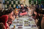 3.130 Perawat di Kota Bogor Dijamu Makan di Restoran dan Belanja