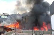 Kebakaran Hebat Landa Permukiman Padat di Palembang, Warga Panik Berhamburan