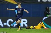 Hat-trick Mislav Orsic Singkirkan Tottenham Hotspur dari Liga Europa