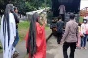 Gempar, Dua Kuntilanak Ditangkap saat Berkeliaran di Jalan Pantura Pekalongan