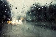 Hujan Deras dan Angin Kencang Terjadi di Jaktim, Warganet: Jakbar Membara