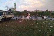 Puting Beliung Terjang Tenda Pengantin, Mempelai Wanita Pingsan Lihat Resepsi Pernikahan Berantakan