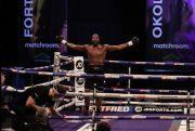Menang KO Ronde 6, Lawrence Okolie Raja Baru Kelas Penjelajah WBO