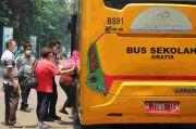 DKI Tambah Lagi Bus Sekolah untuk Antar Jemput Lansia Vaksinasi Covid-19