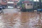 Pemkab Bogor Tuding PKL, Biang Keladi Banjir Jalan Stadion Pakansari Cibinong