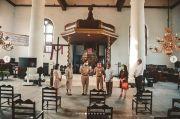 Kunjungi Gereja Tertua, Anies Baswedan Janji Akan Memperbaikinya