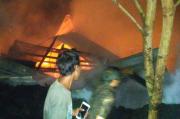 Terdengar Suara Ledakan, Pabrik Pengolahan Kelapa Sawit di Lebak Ludes Terbakar