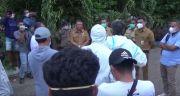 Honor Tak Dibayar 3 Bulan, Relawan Pengubur Jenazah COVID-19 Protes Geruduk Rujab Walikota Kupang
