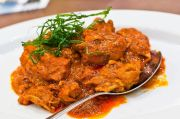 Resep Rendang Ayam, Tak Kalah Lezat dari Rendang Daging Sapi