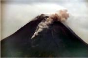Wedus Gembel Kembali Menyembur Dari Kawah Merapi, Meluncur 1,5 Km ke Barat Daya