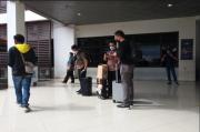 KPK Geledah 2 Kantor Dinas di Pemda KBB, 7 Koper Dokumen Dibawa Pualang