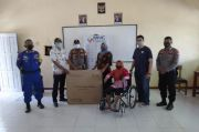 MNC Peduli Beri Alat Bantu Dengar dan Kursi Roda untuk Warga Desa Pantai Bakti