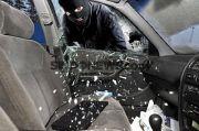 Bandit Pecah Kaca Mobil di Tangerang Ditelanjangi, Tangan dan Kakinya Diikat