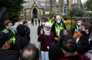 Pertontonkan Kartun Nabi Muhammad, Guru Inggris Dilidungi Polisi